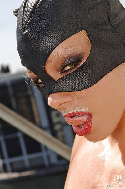 Exceptional pornstar in catwoman outfit performs a milky remove clothes scene