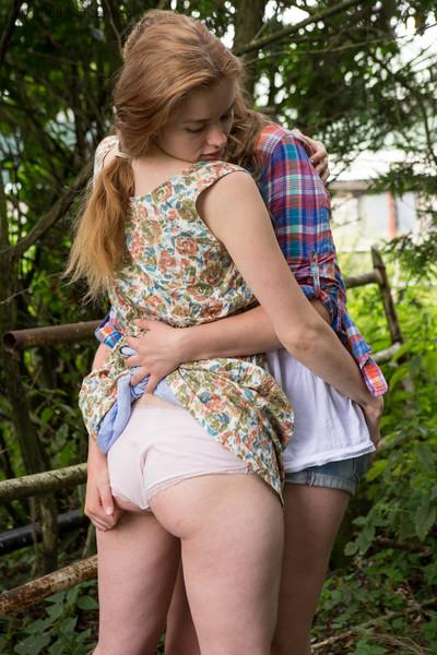 Australian adolescent lesbian babes