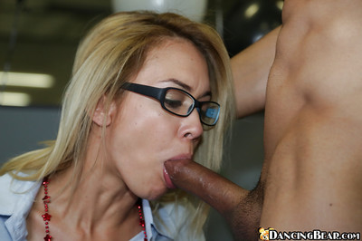 Brutal golden-haired model obtains muff licked and penetrated intense in the office