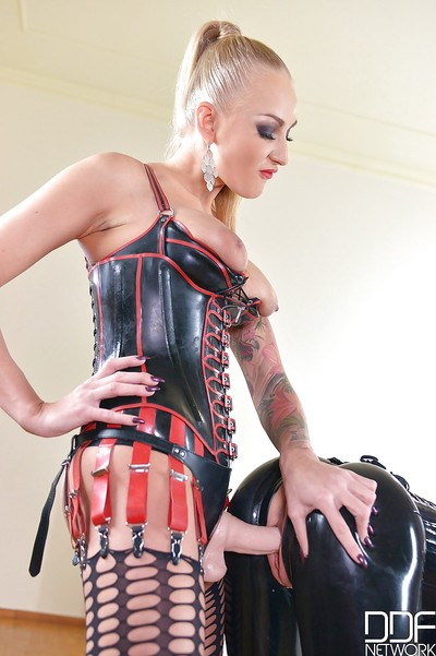 Sweet Latex Lucy engulfing strap-on pecker worn by passionate Kayla Untried