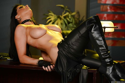Curvy lass Romi Rain unzipping ebony leather outfit to keen colossal melons loose