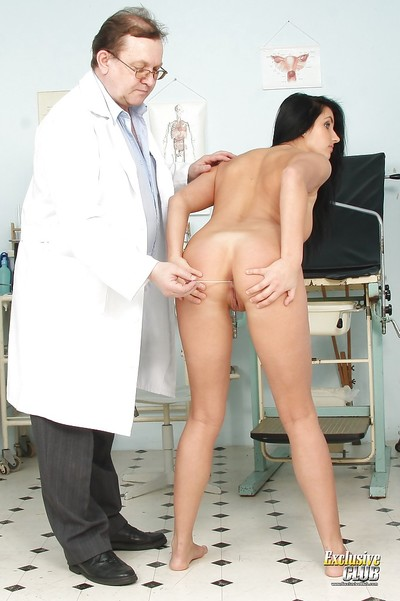 Gyno infatuation scene by old doctor and alluring dark brown Melissa Ria