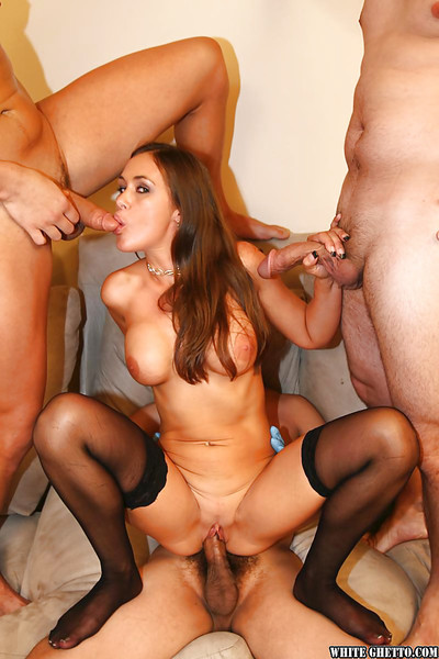 Ripe courtesan with vast pointer sisters Anita Lay enjoys groupie in