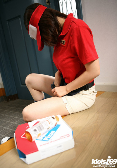 Japanese delivery babe in uniform stroked