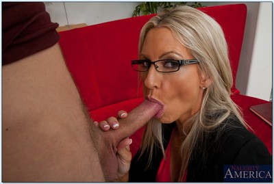 Blond MILF in glasses Emma Starr sucks and bangs a giant weenie