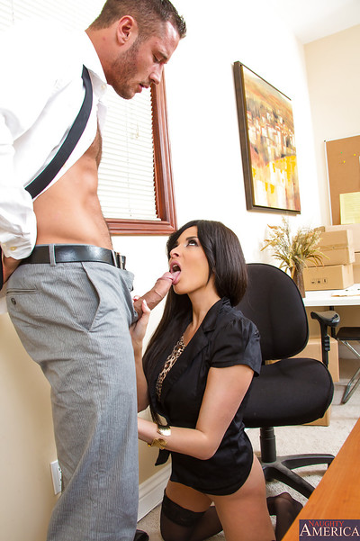 Nifty French pornstar Anissa Kate taking in stick right at plow