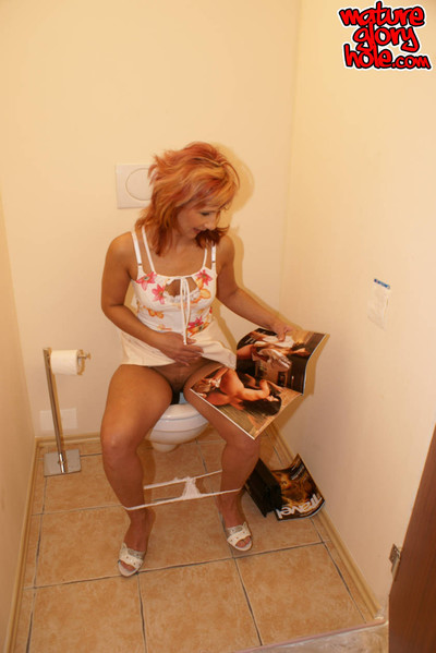 Milf swallowing a biggest schlong on the latrine