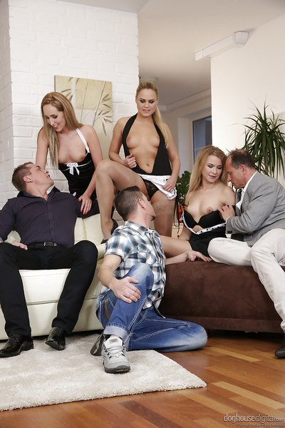 Swingers Jenny Simons, Barra Brass and Dear Diamonds oral sex dick and slit