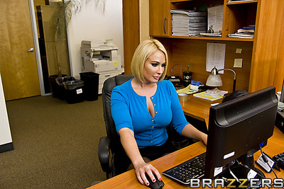 Johnny is gaining a reputation at the office for his insatiable craving for office snatch. When his curvy secretary, Mellanie hears about this, this girl settles on to check this out on the activity by offering up her significantly curvaceous and fuckilic