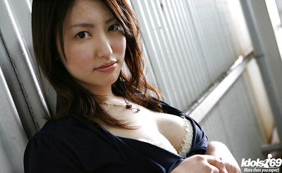 Seductive Japanese chicito Takako Kitahara slipping off her garments