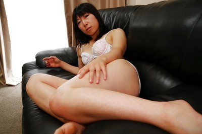 Eastern housewife Aiko Kurita stretching her curly Eastern cage of love