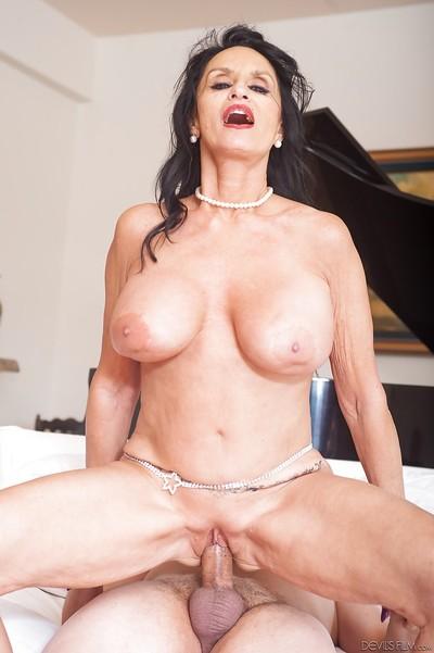 Adult pornstar Rita Daniels eats ball cream of not long ago jizzed face