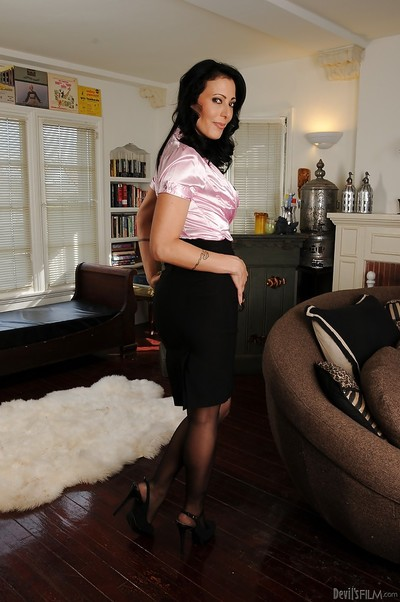 Charming MILF Zoey Holloway erotic dancing off her clothing and underware