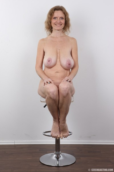 Titsy ripened positions for photo cam