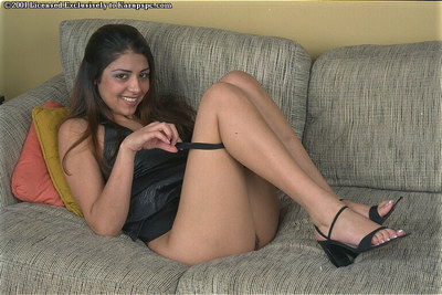 Azlyn is widening her wiry legs wide available and showing her shaggy snatch