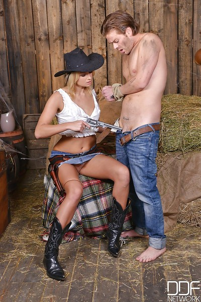 Blond country babe Ivana Sugar giving bj in cowgirl hat and boots