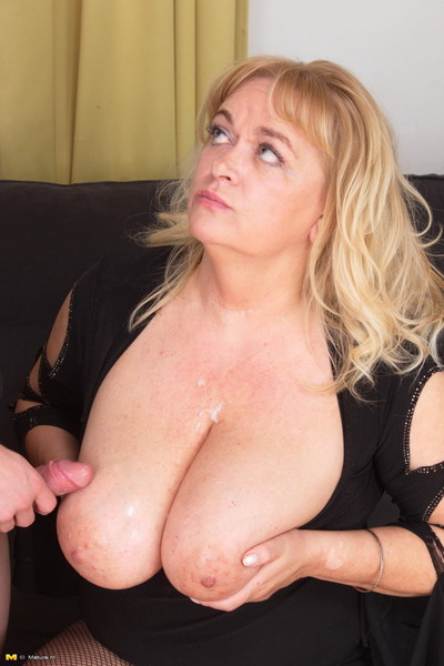 Huge breasted calm cunt having fucking