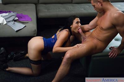 Youthful Latin chick Milf Rachel Starr in  enjoying blow job pleasures