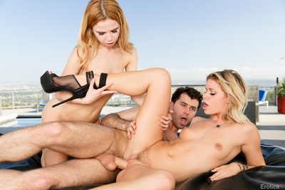 erotica x willing 37