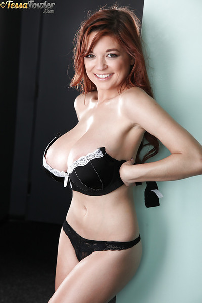 Redheaded solo darling Tessa Fowler freeing worthwhile apples from underware