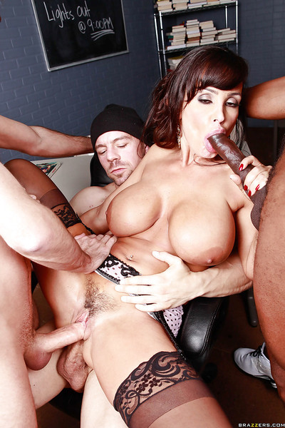 Seductive MILF with enormous mounds Lisa Ann gains owned by 3 chaps