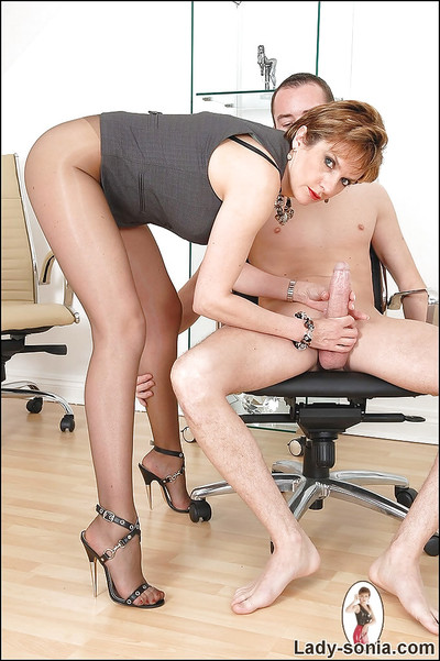 Short-haired placid infatuation lady in cylinder teasing a firm pride