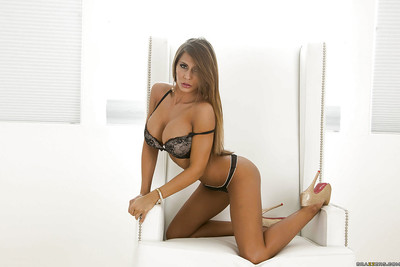 Leggy darling Madison Ivy indolently uncovering her sweet flexy body