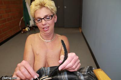 Milf cock masturbating porn