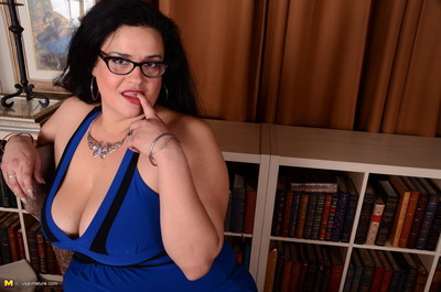 Colossal breasted american housewife purchases smokin