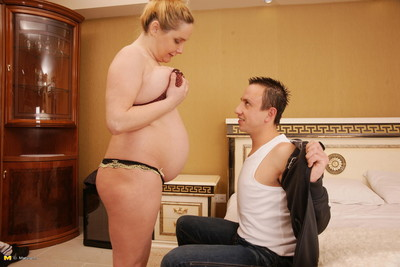 Preggy housewife having exquisite smoking love making act