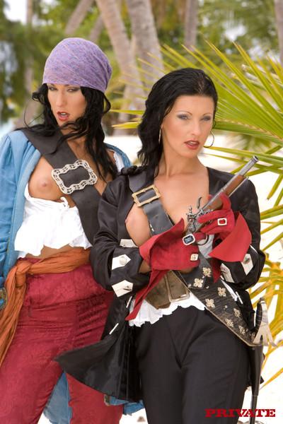 Extreme porn pirates smokin