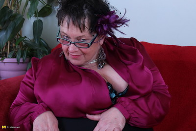 Giant breasted british mellow lady fooling around