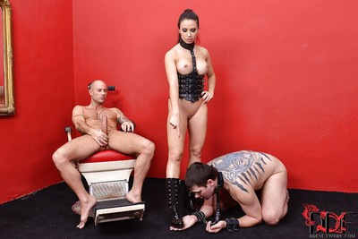 Mira Cuckold launches playing bawdy femdom games with anal junkies