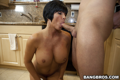 Dark hair milf Shay Fox gives oral sex and obtains hardcore drilled