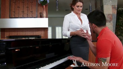 Piano advisor allison moore motivates a gentleman