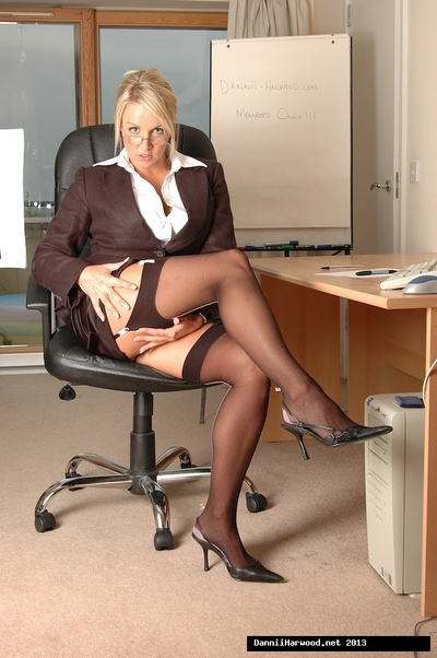 Clammy office cutie Dannii Harwood was adores obtain u keen to her office so this girl could seep out her naughty exclusive of office ways!