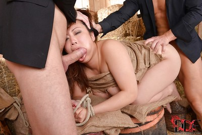 Fabulous Chinese fixation hottie Tigerr Benson accepts per fissure crammed by knobs