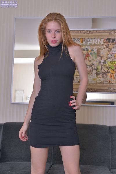 Usual juvenile Alexia Sirens strokes and pinches her astonishing body