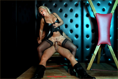 Lana is covered in skin stiff leather and getting screwed intense