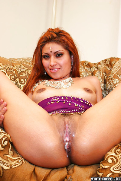 Seductive indian princess with diminutive woman passports purchases her twat cocked up and creampied