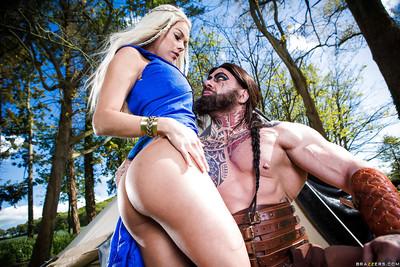 Cosplay pornstars Aruba Jasmine and Peta Jensen have Male+Male+Female outdoors