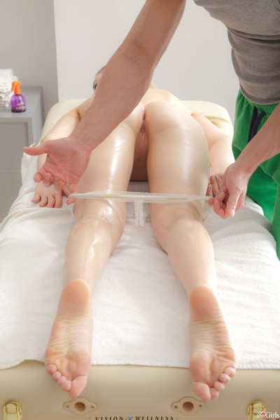 A massage that makes her passionate to fuck