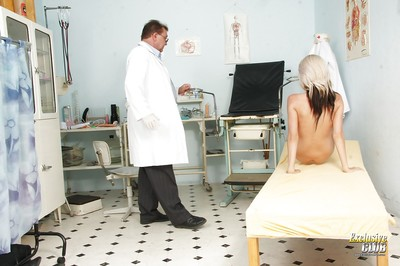 Fairy-haired beauty Karolina came at the enjoys gyno fixation for the number one time