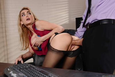 Elegant office MILF Devon having pleasure with twofold ramrods in her face hole