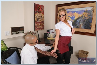 Dick water starving office model in glasses Kennedy Leigh receives nailed severe