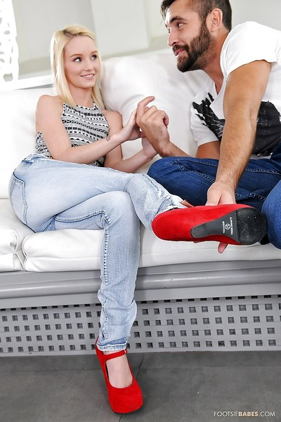 Blond Sammi Daniels is playing with her captivating fella and his weenie
