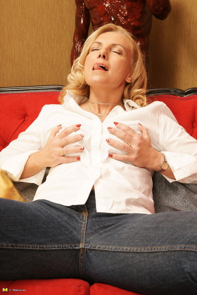 Nasty blond housewife getting sodden