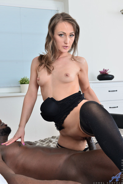 Excited mom receives screwed by massive penis awaiting this girl squirts