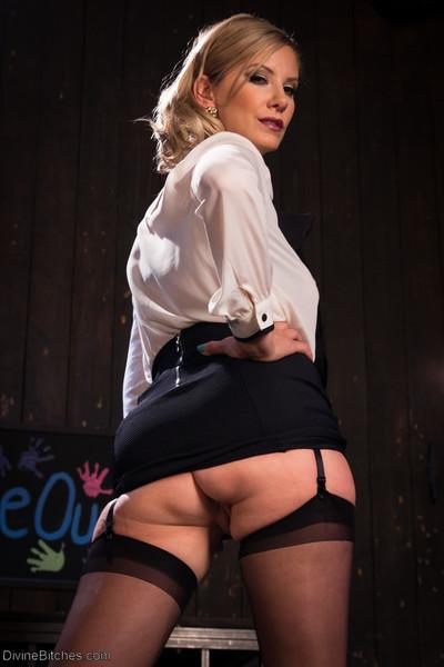 Maitresse madeline marlowe. cavernous anal submissive fist-fucking with prostate stimulation peak of pleasure