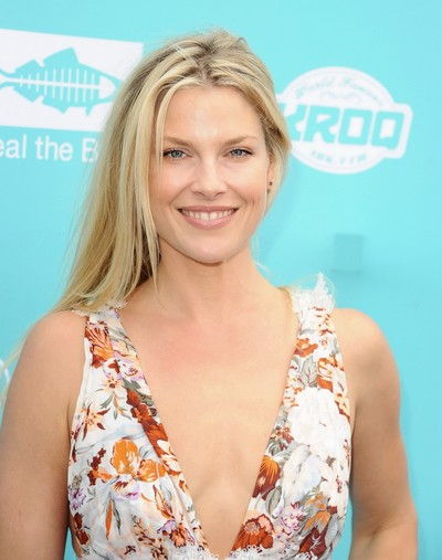 Ali larter braless showing vast cleavage in a floral clothing